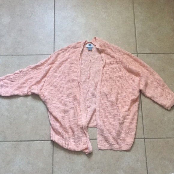 Old Navy Sweaters - 🦋Old Navy Peach Cardigan